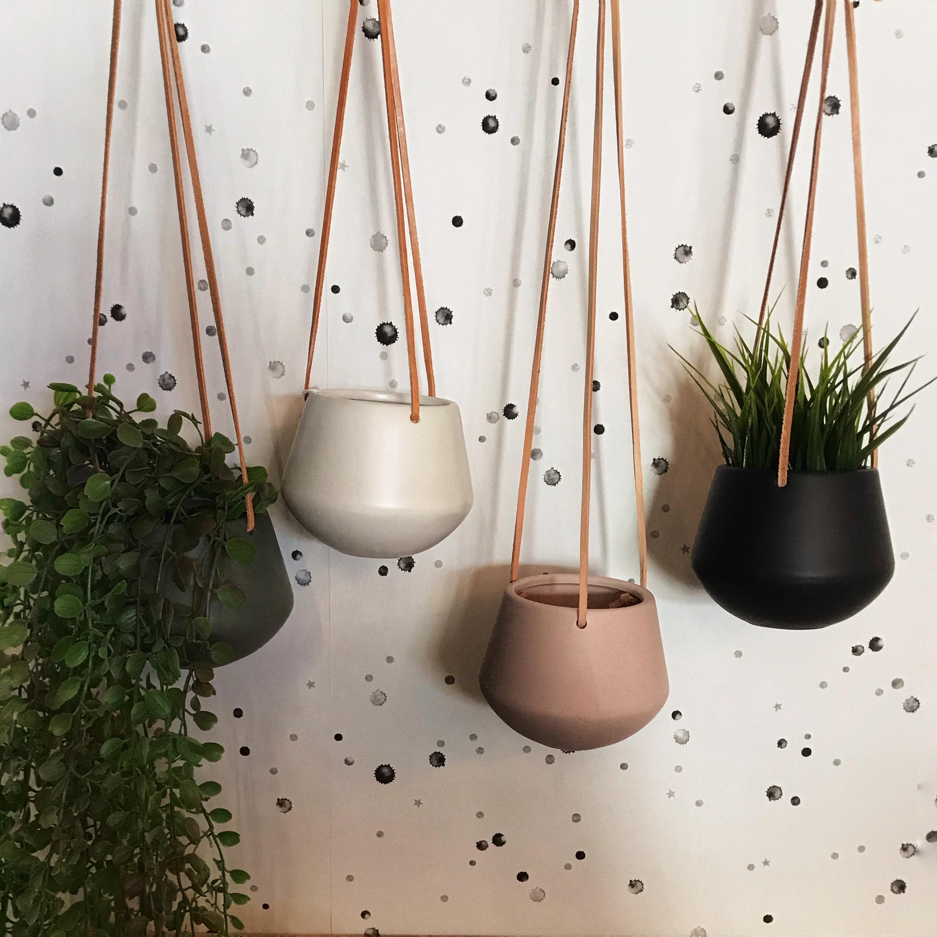 Ceramic Hanging Plant Pot Grace Grey