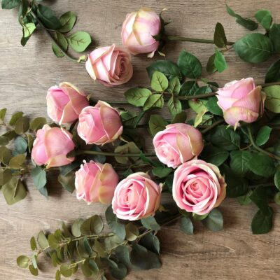 soft-pink-roses-Grace-and-Grey (1)
